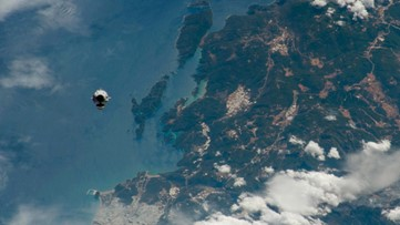 Astronaut Takes Awesome Photo of Crew Dragon Approaching the ISS