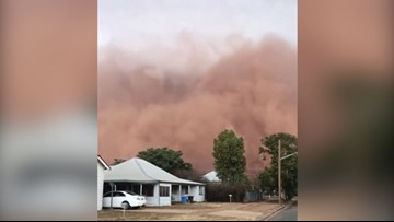 Watch as This Dust Storm Blacks Out the Sun in Australia