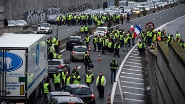 1 dead, dozens injured in French fuel taxes protests