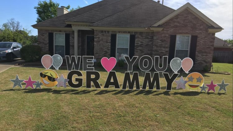 Great-grandmother tears up at heartwarming sign2