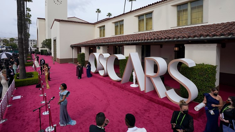 Oscars TV audience plummets to all-time low