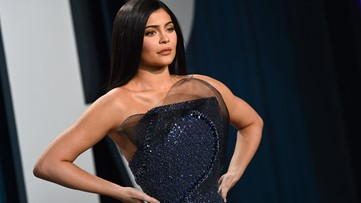 Kylie Jenner, Forbes spar over story on billionaire status