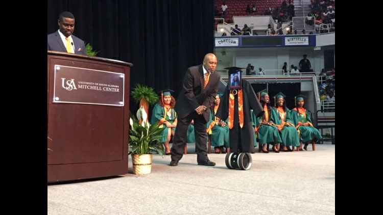 Cynthia Pettway was unexpectedly hospitalized a week before she was set to receive her diploma.But thanks to a robot, the 17-year-old didn't miss her graduation.