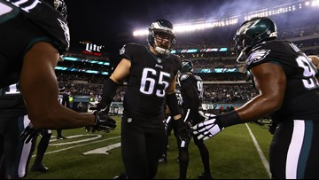 East Texas native, Philadelphia Eagles OT Lane Johnson carted off field during game vs. Giants