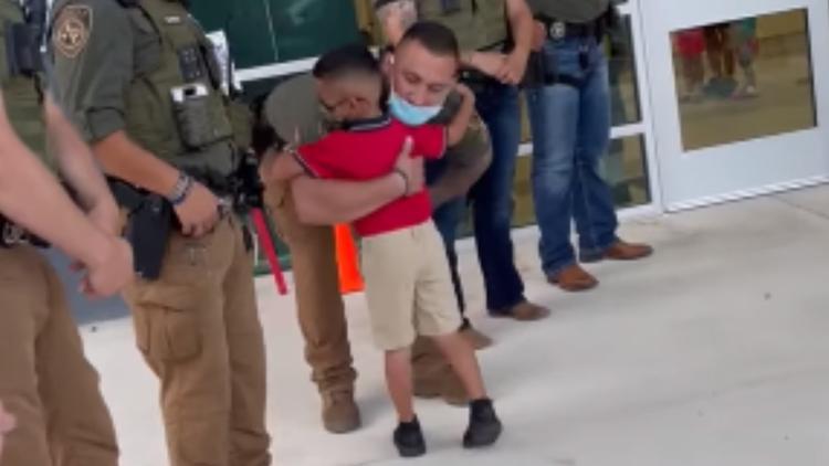 Son of fallen deputy gets special escort on first day of kindergarten