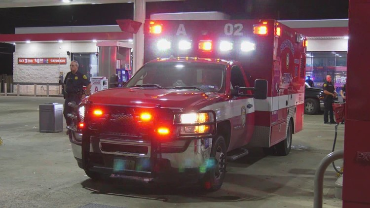 Suspect identified, charged after Houston ambulance carjacked at gunpoint with EMT, patient in the back, police say