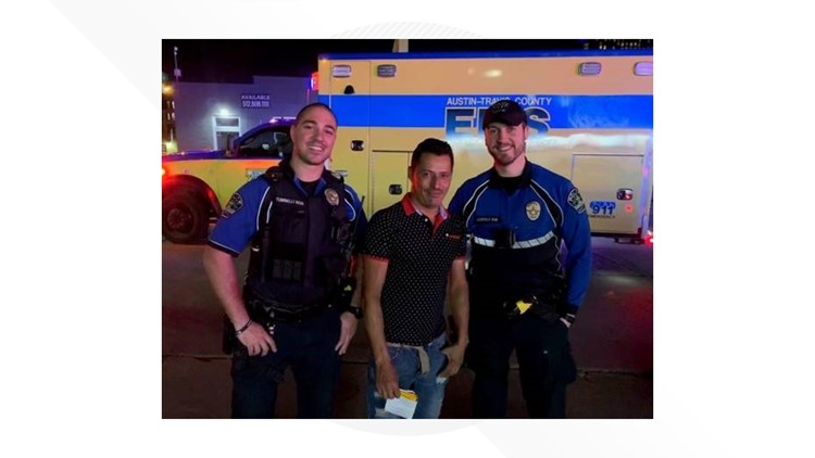 Austin officers help woman give birth on side of road