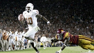 Vince Young fired from part-time role at UT