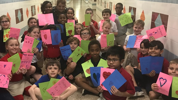 Students at Longview ISD make cards for Cupid Project