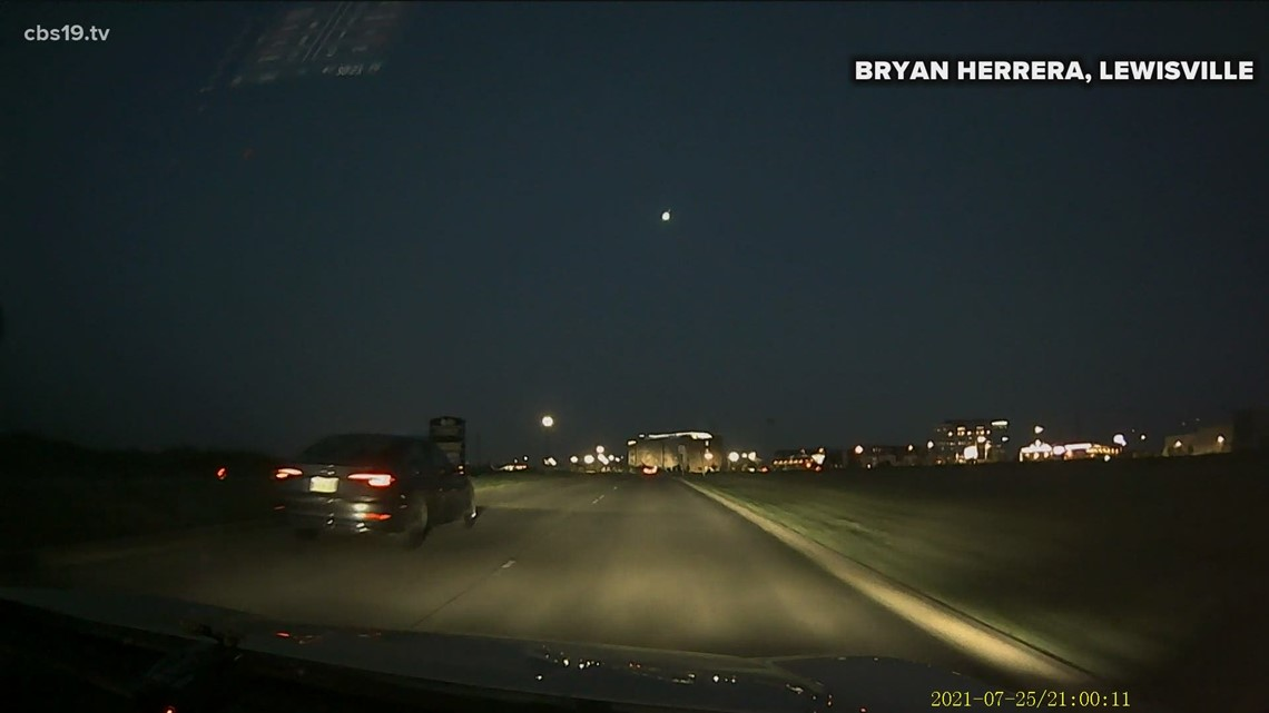 Meteor makes a fiery fall across East Texas sky