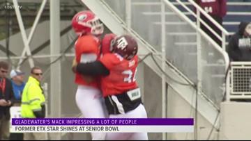 Daylon Mack helping himself at the Senior Bowl