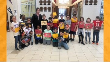 Elementary students at Whitehouse ISD going red & gold for AFC Championship Game