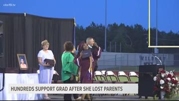 Hundreds support Palestine graduate after she lost her parents