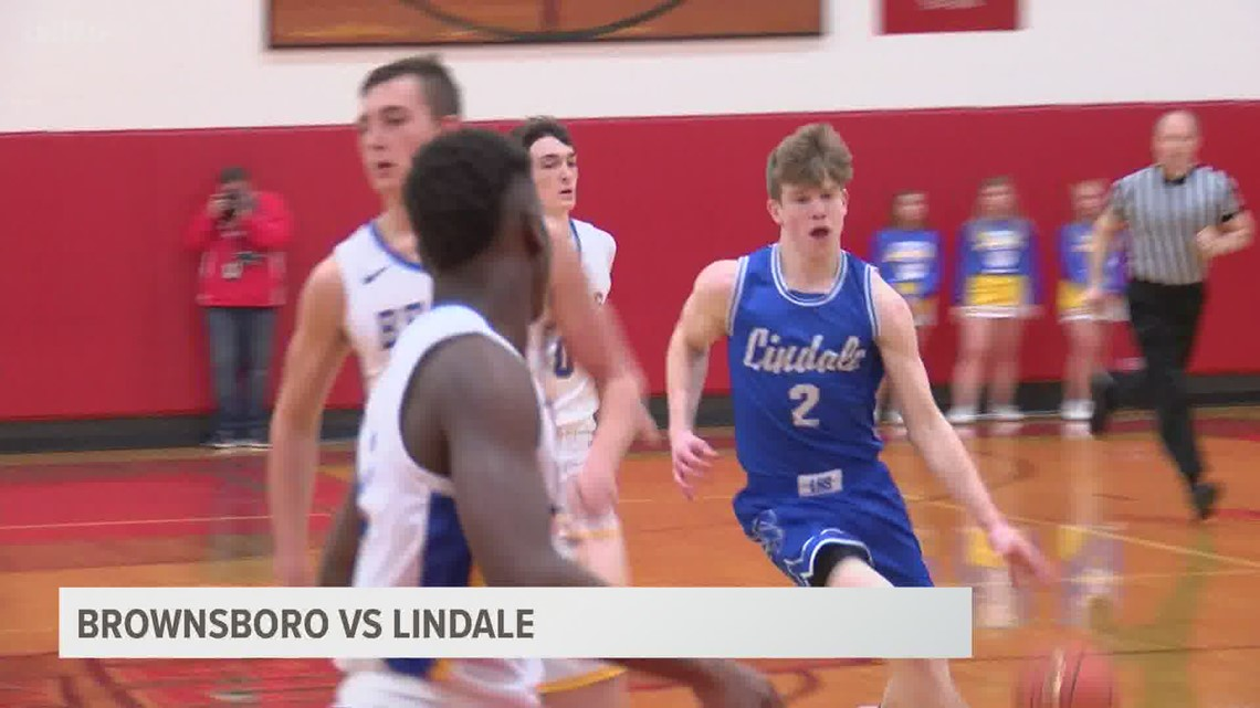 Lindale takes down Browsboro to secure spot in regional quarterfinals