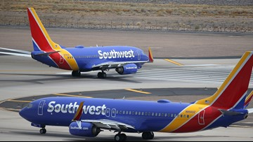 Southwest to give employees large bonus after 'challenging' year