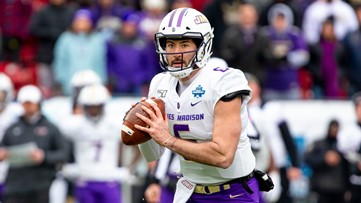 Cowboys pick a quarterback with seventh round draft pick